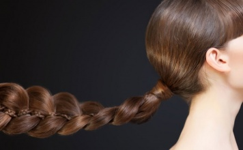 Best Natural Hair Cleansers For Strong, Healthy, & Shiny Hair