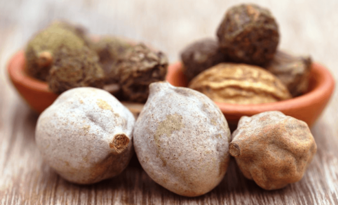 Bibhitaki Health Benefits,Uses,Side Effects