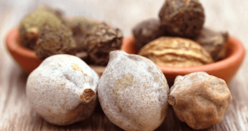 Bibhitaki: Health Benefits, Uses, Side Effects
