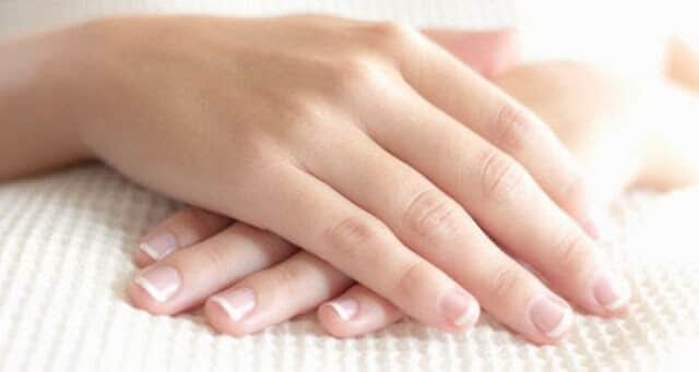 HOMEMADE REMEDIES TO GET SOFT HANDS