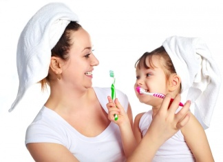 How Often And When One Must Brush There Teeth