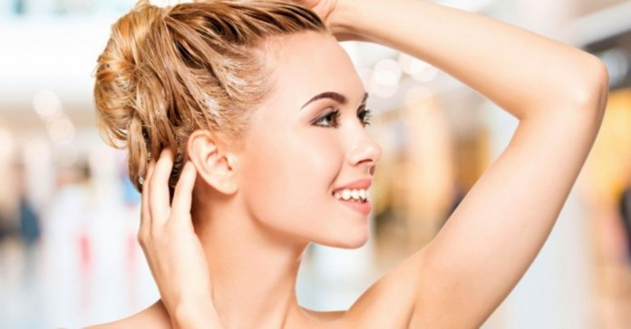 How To Deep Condition Your Hair At Home