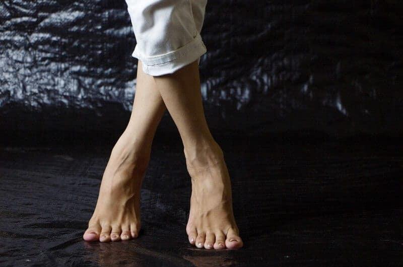 Get Rid Of Swollen Feet Naturally