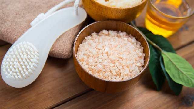 Epsom salt for foot soak