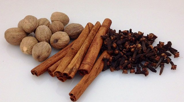 Nutmeg and cloves for foot soak