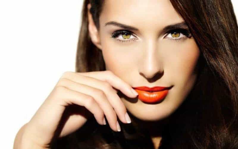 Amber Eyes Meaning, Personality, Make Up Tips
