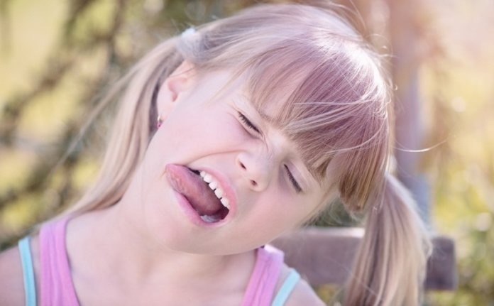 How To Get rid of Cracked(Fissured) Tongue Naturally