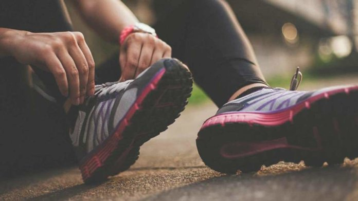 How To Heal Bruised Heel and Bone Naturally