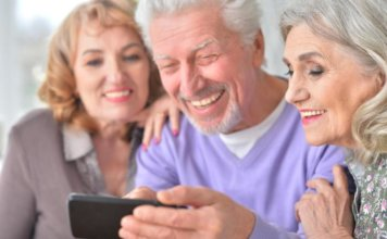 The Benefits of Introducing Technology to Your Aging Loved One