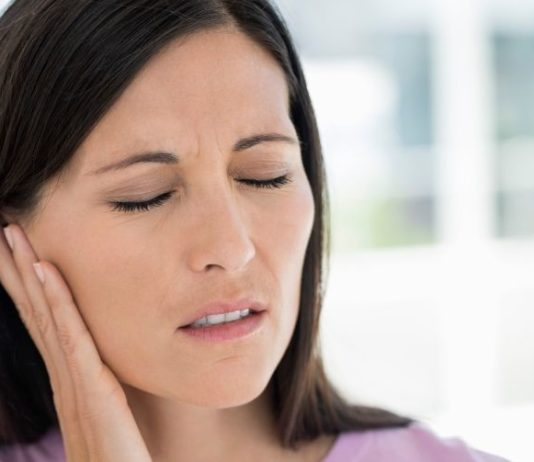 Cyst Behind Ear Causes,Symptoms,Home Remedies