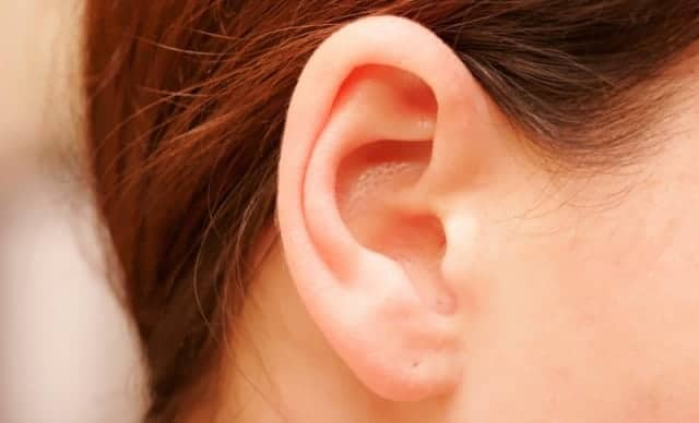 What Causes Blackheads In-Ear