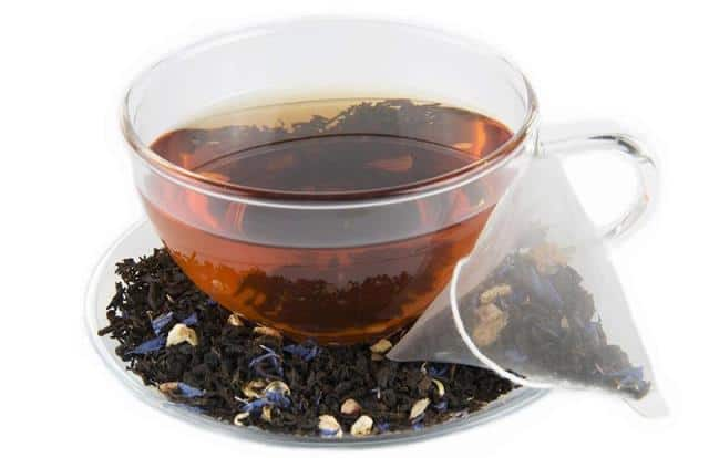 Black Tea Soak To Heal Swollen Lips