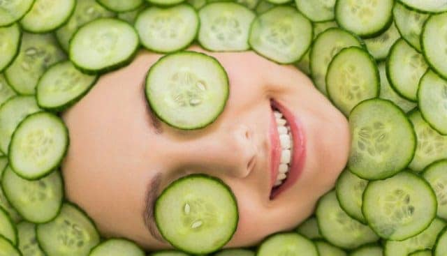 Cucumber And Sugar To Get Flawless Skin