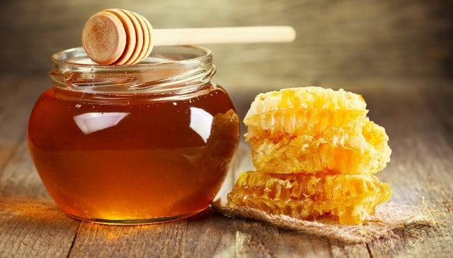 Honey-on-swollen-taste-buds
