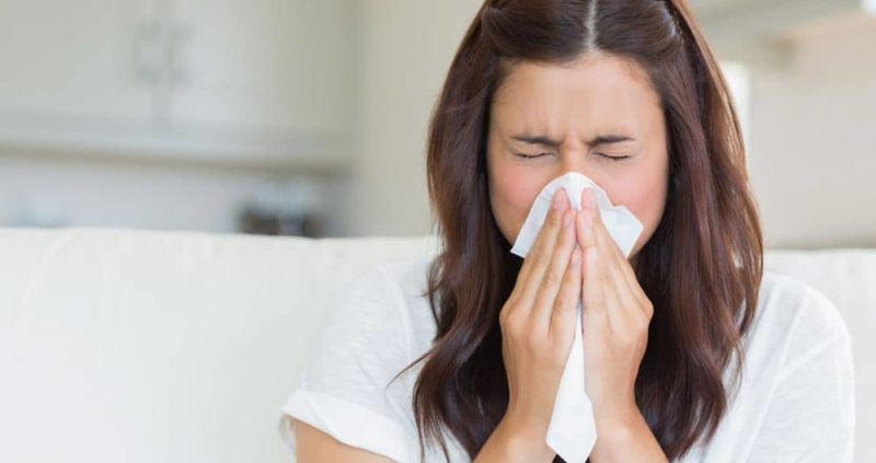 How To Stop A Runny Nose – 8 Home Remedies That Works