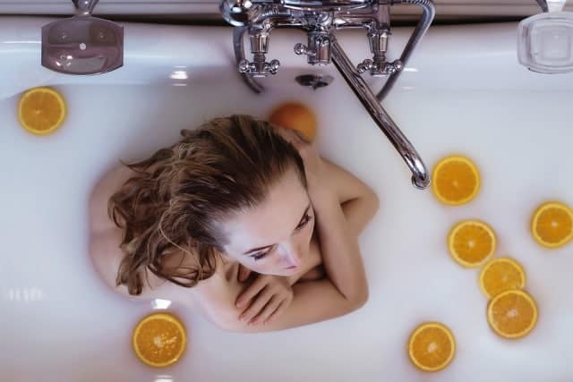 Warm bath to cure chills without fever