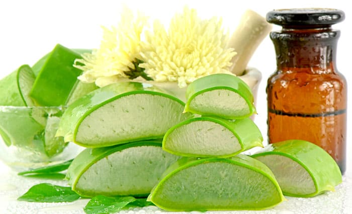 DIY face mask using aloevera