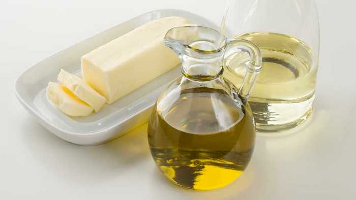 Butter oil and cod liver oil