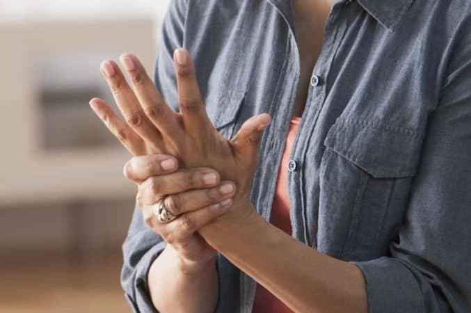 Fights arthritis