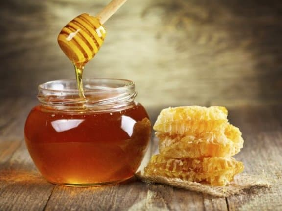 Honey for pineapple allergy