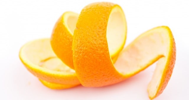 DIY face pack using oranges