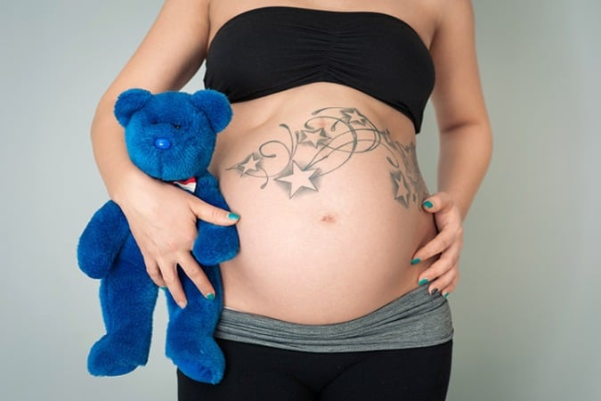 Risk of getting tattoos when pregnant