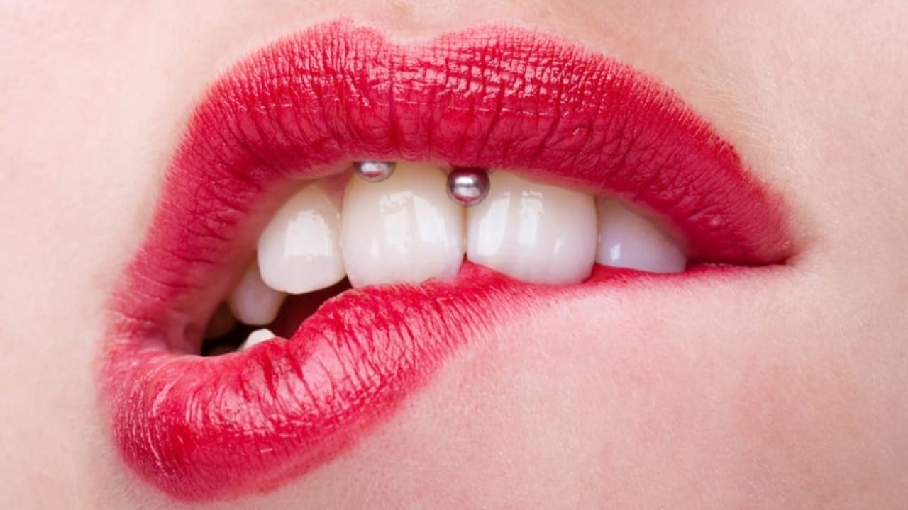 Smiley Piercing Anti Smiley Piercing Healing Infection Risks