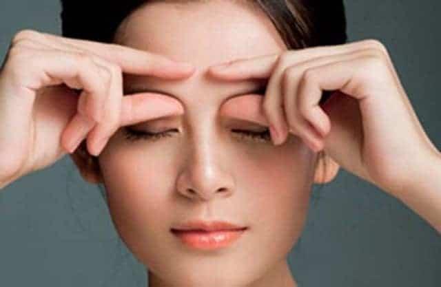 eye massage with palms