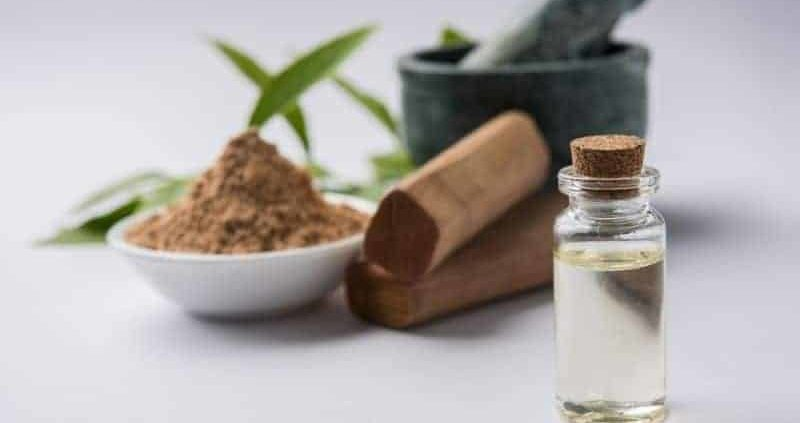 12 Amazing Benefits Of Using Sandalwood Powder On Your Skin