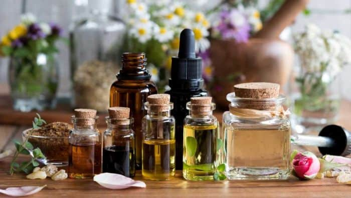 Oils Used For Massaging Belly Button