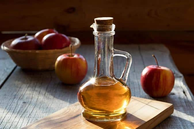 DIY face mask using Apple cider vinegar