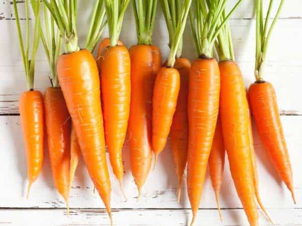 DIY face pack using Carrot