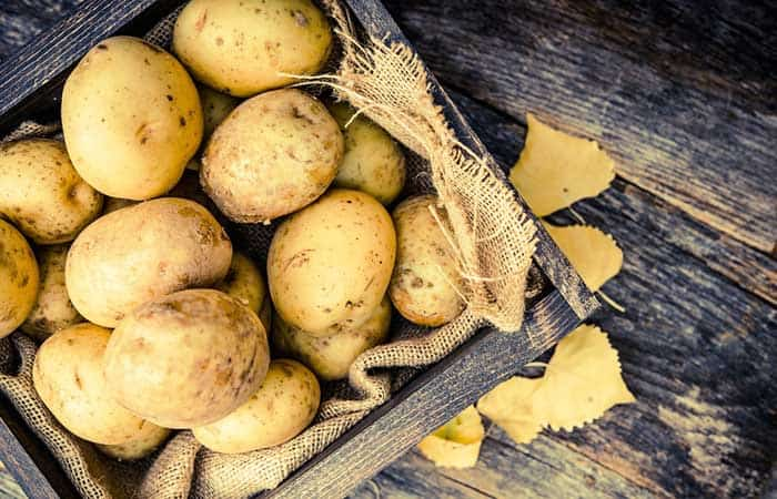 DIY face pack using Potatoes