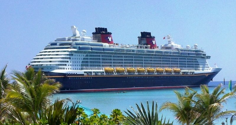 4 Easy Tricks To Avoid Getting Seasick On A Cruise Ship